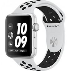 Apple Watch Nike+ Корпус из серебристого алюминия, спортивный ремешок Nike цвета «чистая платина/чёрный» 38 мм